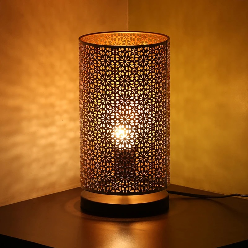 Moorni Moroccan Shimmer Hand Etched Iron Table Lamp (12 Inch, White)