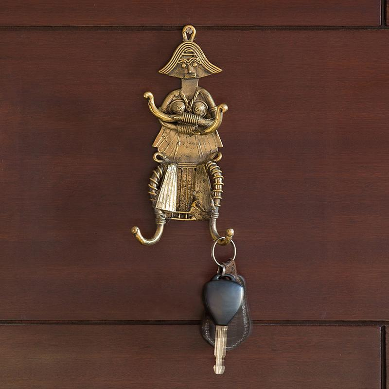Moorni Tribal Warrior Brass Key Holder Handmade in Dhokra Art (4 Hooks)